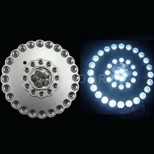 תאורת לד חזקה במיוחד ללא צורך בחיבור לחשמל