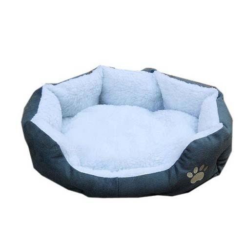 מיטת פליז רכה ומפנקת עשויה פליז לכלב/חתול