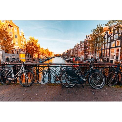 ארצות השפלה בלגיה, צרפת, והולנד ב-8 ימים