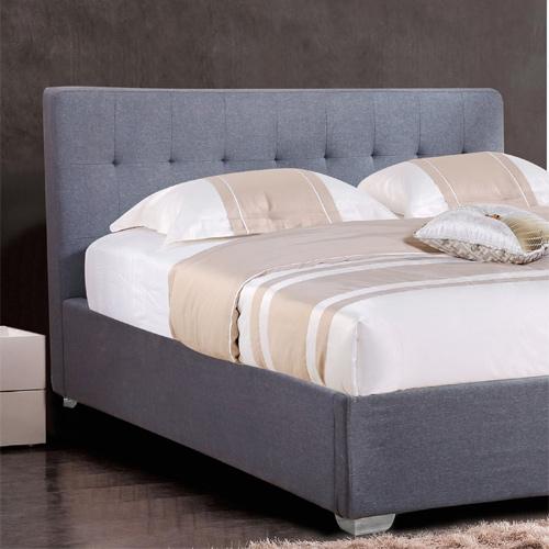 מיטה זוגית מעוצבת ומרופדת בד מבית HOME DECOR