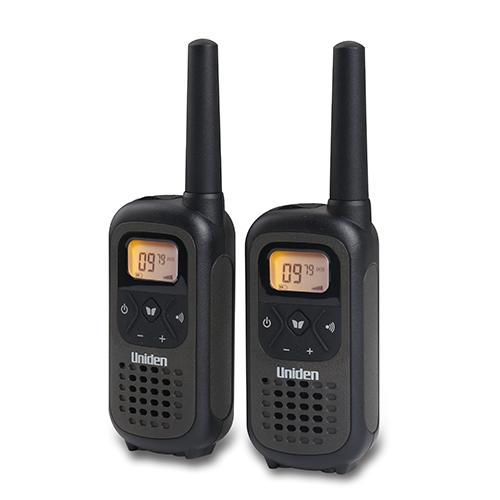 """זוג מכשירי קשר 8 ערוצים מגיע עד 10 ק""""מ מבית Uniden"""