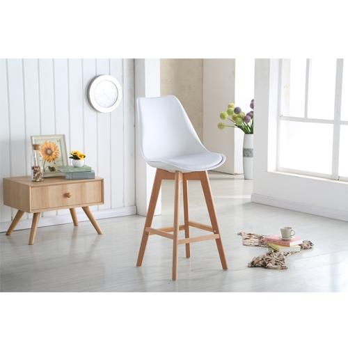 כיסא בר בעיצוב מודרני עם מושב מרופד מבית TAKE IT