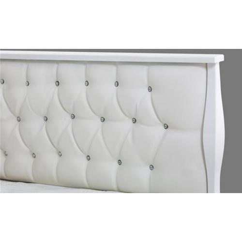 מיטה מלכותית לבנה מבריקה דגם פרינסס