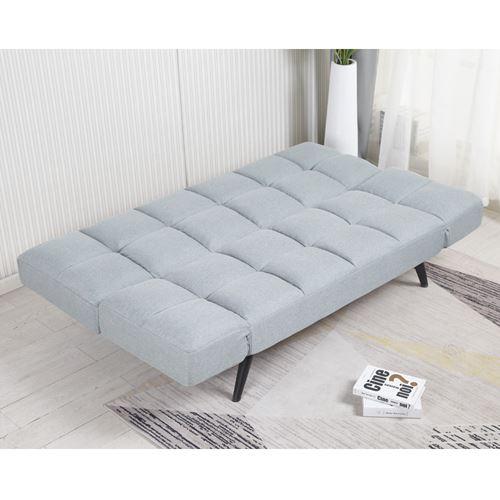 ספה מעוצבת מרופדת בד רחיץ ונפתחת למיטה רחבה
