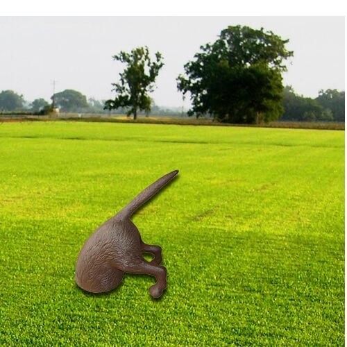 """פסל נוי לגינה ממתכת- """"הכלב החופר"""""""