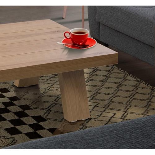 שולחן לסלון בצבע עץ בגימור איכותי מבית LEONARDO