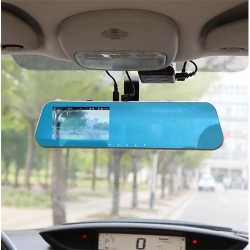 מצלמת רכב FULL HD משולבת במראת רכב פנורמית עם צג