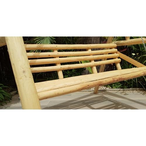 ספסל נדנדה עץ כפרי לגינה במראה כפרי ומרשים