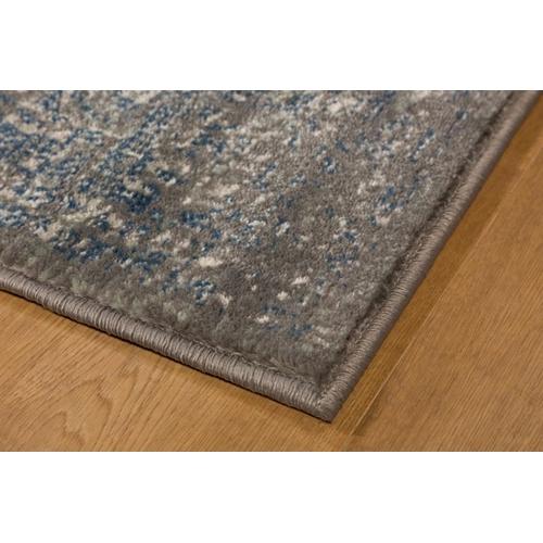 שטיח איכותי ונמוך בעל עיצוב ייחודי ואופנתי ביתילי