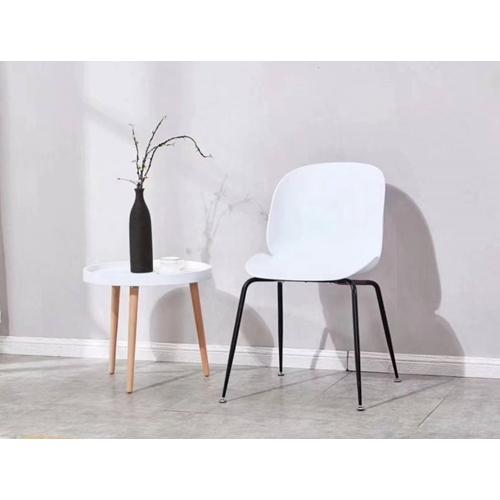 כיסא לפינת אוכל בעיצוב מודרני ייחודי מבית TAKE IT