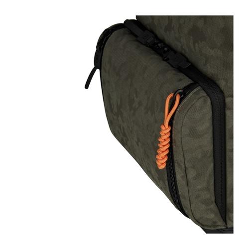 תיק גב קלאסי מעוצב חזק ונוח מבית VICTORINOX שוויץ