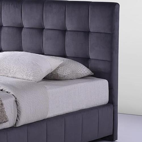 מיטה זוגית מרופדת בד קטיפתי HOME DECOR דגם פטסי