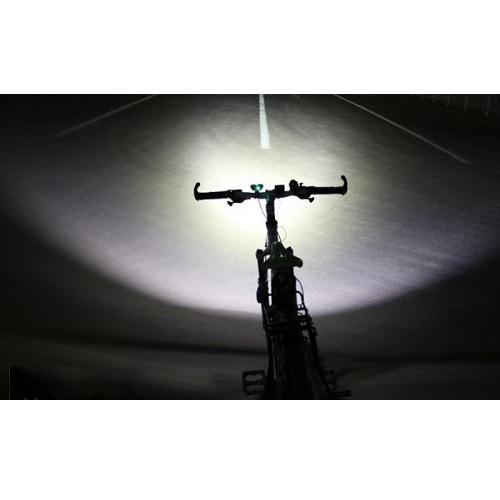 פנס לד מקצועי לאופניים לרוכבי אופניים