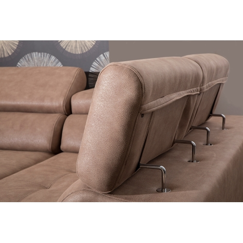 ספה פינתית מפוארת עם משענות גב ויד מתכווננות