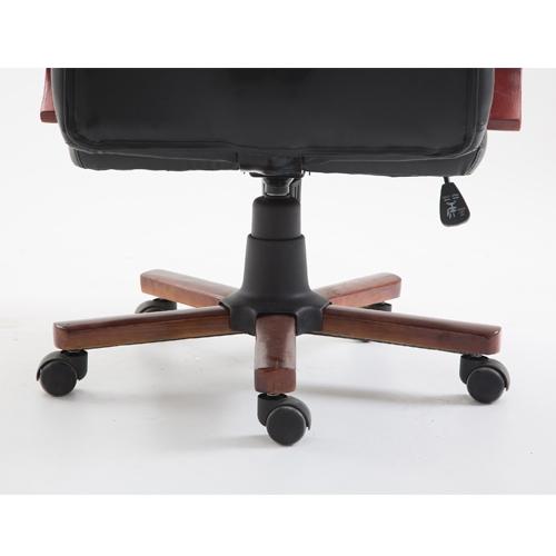 כיסא מנהל אורתופדי במראה יוקרתי TAKE IT