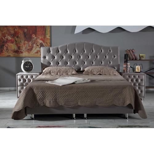מיטה זוגית יוקרתית מרופדת בד + זוג שידות LEONARDO