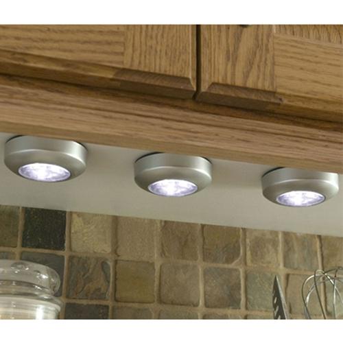 מנורת לד בעלת 3 נוריות L.E.D  עוצמתיות