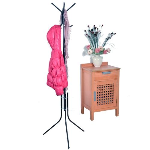 קולב בגדים הדר עשוי מתכת איכותית ובעל בסיס משולש