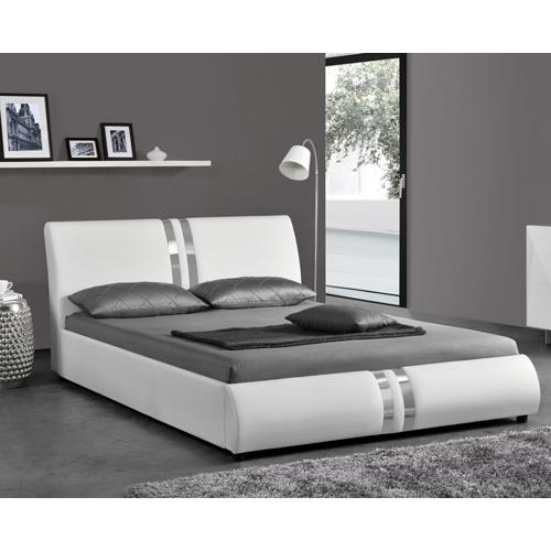 מיטה לנוער רחבה ומעוצבת בריפוד דמוי עור