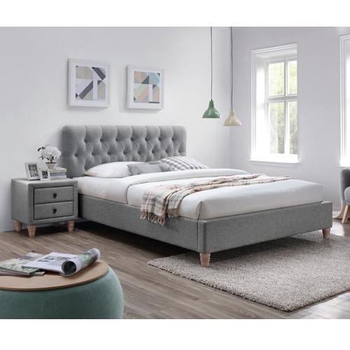 מיטה זוגית מרופדת בד + 2 שידות לילה תואמות
