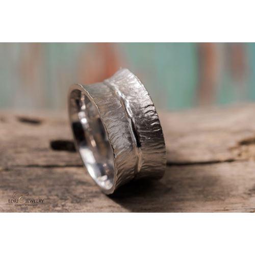 טבעת זהב טהור 14K מדגם Tahoe בעיצוב מלכותי