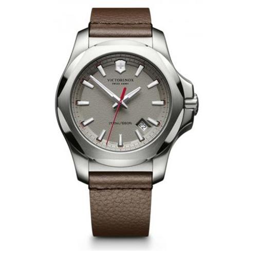 שעון יד לגבר INOX עמיד במים 200 מ' מבית VICTORINOX