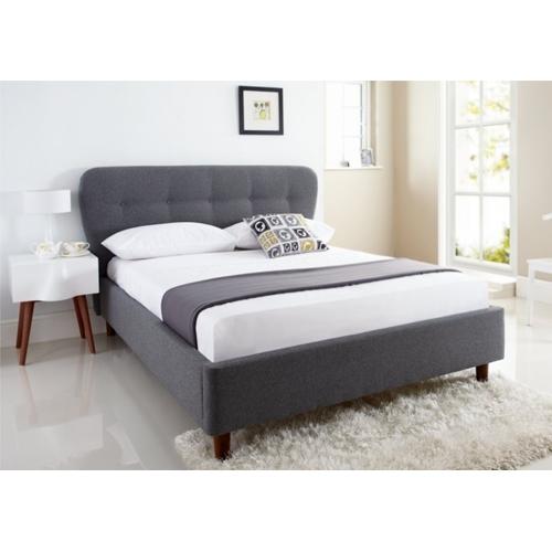 מיטה ברוחב וחצי מרופדת בד מבית GAROX
