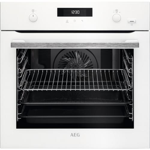 תנור בנוי פירוליטי לבן AEG SteamBake טורבו