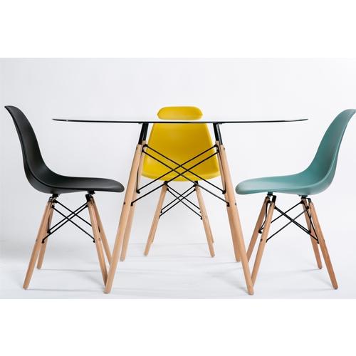 שולחן אוכל מזכוכית מעוצב + 4 כיסאות מבית TAKE IT