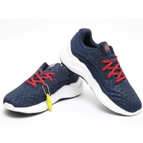 נעלי אדידס לגברים יפיפיות בצבעים מתאימים לכל הופעה